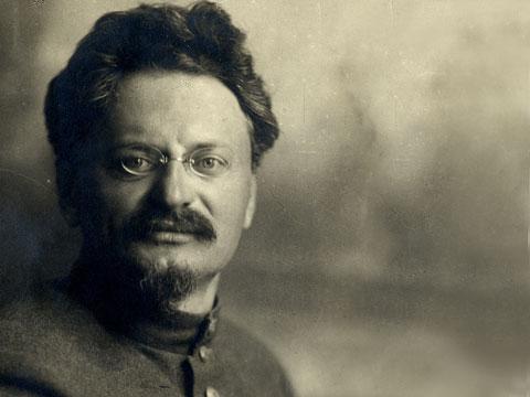 Trotsky (2)